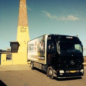 Lastbil ved Allinge Røgeri