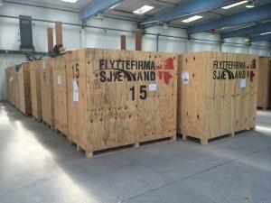 Her ses vores containere, som vi bruger til opbevaring af kunders ejendele.