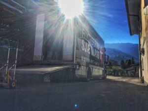 Flyttebil i Schweich med åbent lad