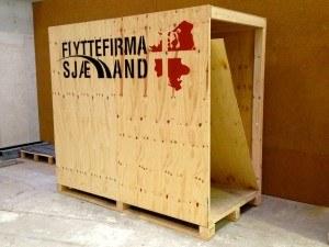 Specielt fremstillet opbevarings kasse til ejendele