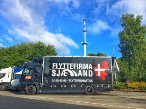 Flyttebil pakket til afgang mod Bulgarien.