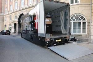 Gigaspace lastbil med filt på væggene indvendigt gør kundens møbler ikke bliver ridset.