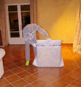 Her ses speciel indpakning af dyrt maleri til mange tusinde kroner.